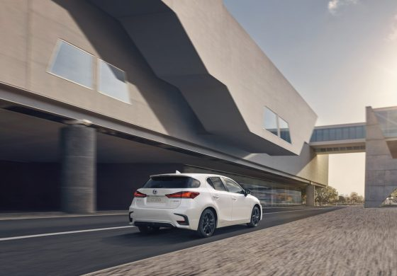 Lexus: Nuova CT Hybrid Special Edition Sport