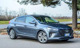 Prova Hyundai IONIQ Hybrid - Elegante, futuristica e dai bassi consumi