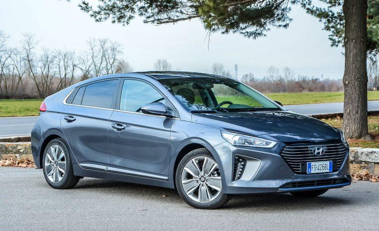Prova Hyundai IONIQ Hybrid – Elegante, futuristica e dai bassi consumi
