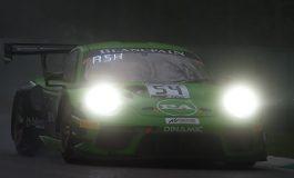 Blancpain GT - La Porsche del Dinamic Motorsport conquista la vittoria sotto il diluvio di Monza