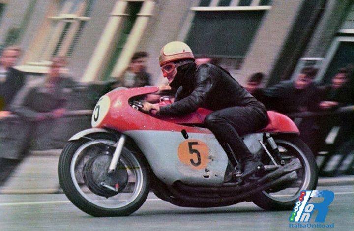 Hailwood al Tourist Trophy del 1965, l'apoteosi