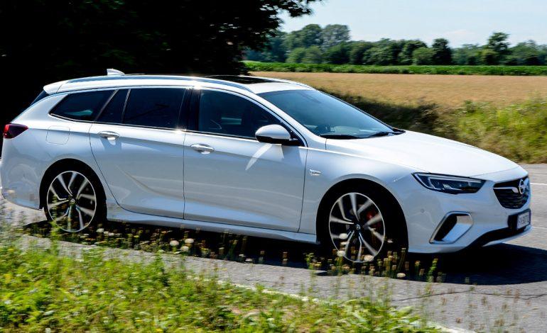 Prova Opel Insignia Sports Tourer GSi – La Station Wagon dal carattere Sportivo