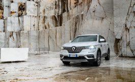 Nuovo Renault KOLEOS: l'avventura Premium si fa strada