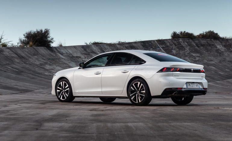 Peugeot 3008 Hybrid4 e 508 Hybrid – 4 Modalità per esaltare l'esperienza di guida