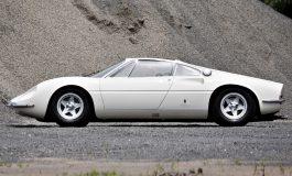 La 365P, prima Ferrari stradale a motore posteriore