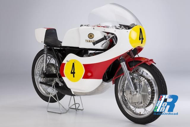 1972: la Yamaha sonda con successo il terreno della classe 500