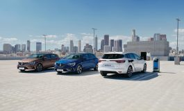Nuova Renault Megane si rinnova nel design e diventa Ibrida Plug-in E- Tech