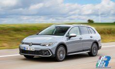 Nuova Golf Alltrack, il crossover tra Variant e SUV ora disponibile in Italia