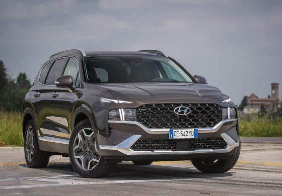 Nuova SANTA FE Plug-in Hybrid: l'icona dei SUV Hyundai con 7 posti e 58 km di autonomia elettrica
